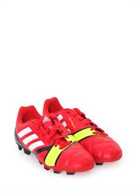 Προσφορά:  Soccer Style - Παιδικά Παπούτσια Ποδοσφάιρου ADIDAS με19,95€