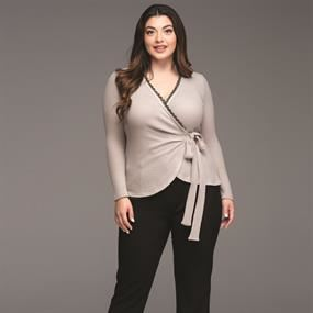 Kyara Plus Size Fashion